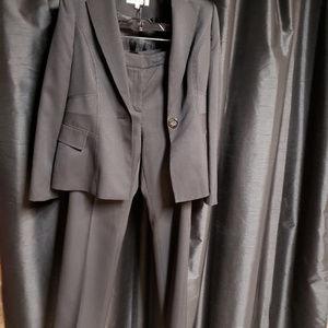 Kasper Jackets & Coats - Kasper size 4 black Pin stripped pants suit.